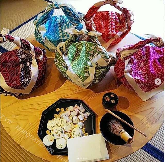 Phong cách gói quà tết của người Nhật