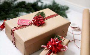 Hộp quà giáng sinh bằng giấy cứng